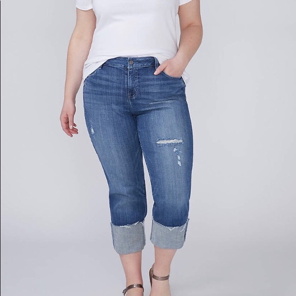 Classy Denim Lane Bryant Casual Cropped Capri Size 28 Woman White stretch jean